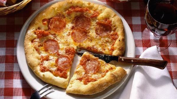 Öko-Test hat Pizza Salami geprüft.