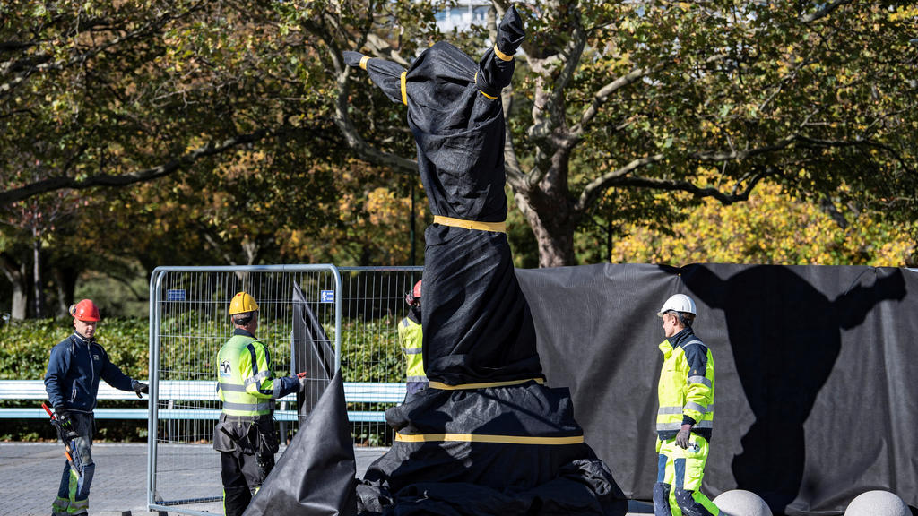 Preparations underway ahead of the unveiling of a statue of Swedish soccer star Zlatan Ibrahimovic near Malmo Stadium on Oct. 07, 2019. Ibrahimovic is expected to attend the unveiling of the 2,7m bronze statue by artist Peter Lindhe.   Photo: Johan N