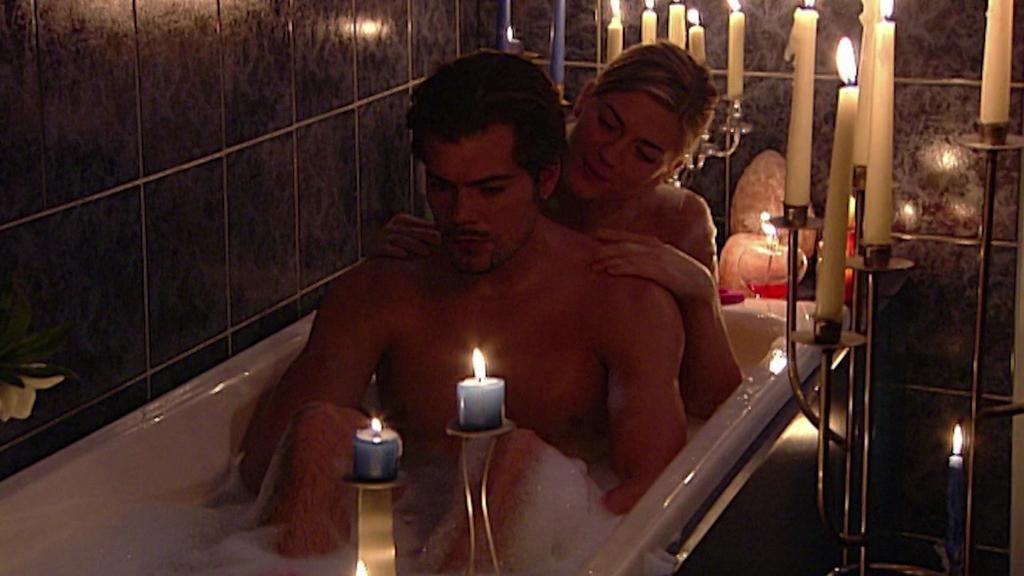 Leon Moreno (Daniel Fehlow) und Cora Hinze (Nina Bott) waren ein echtes GZSZ-Traumpaar.