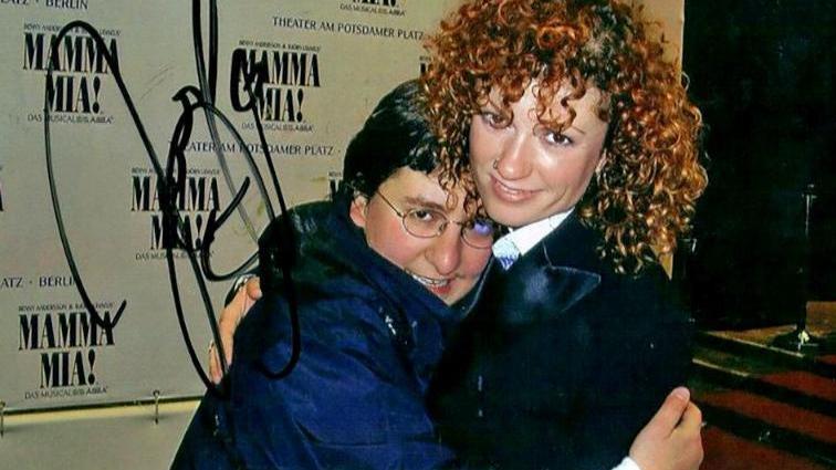 Jana L. machte auch ein Foto mit Sängerin Lucy.