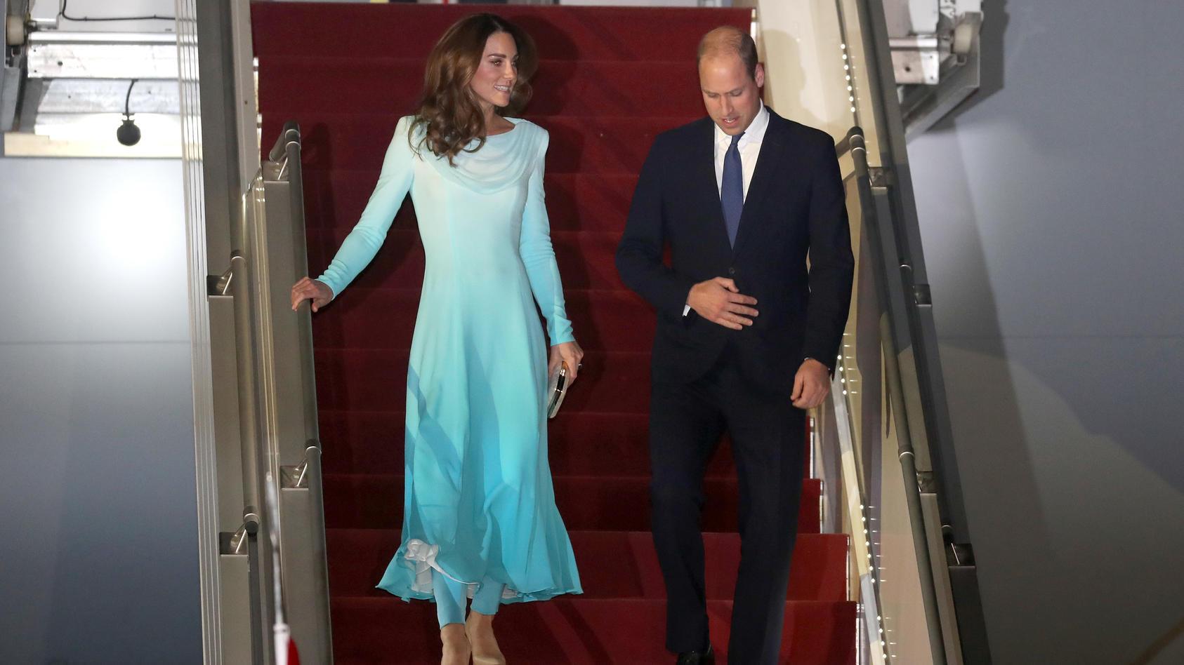 Herzogin Kate und Prinz William sind in Pakistan angekommen.