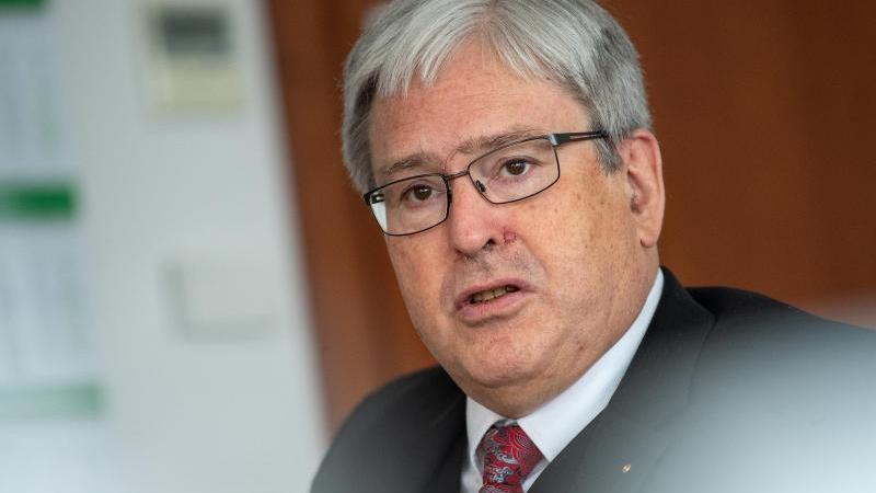 Jörg Steinbach (SPD), Wirtschaftsminister von Brandenburg. Foto: Monika Skolimowska/zb/dpa/Archivbild