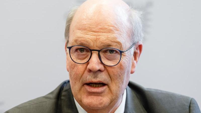Hans-Joachim Grote (CDU), schleswig-holsteinischer Innenminister. Foto: Markus Scholz/dpa