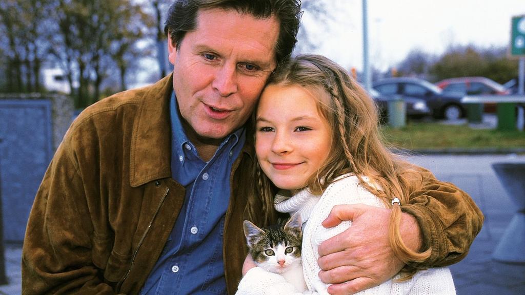 """Vor 23 Jahren spielte Jana Schölermann die Tochter von RTL-Arzt """"Dr. Stefan Frank""""."""