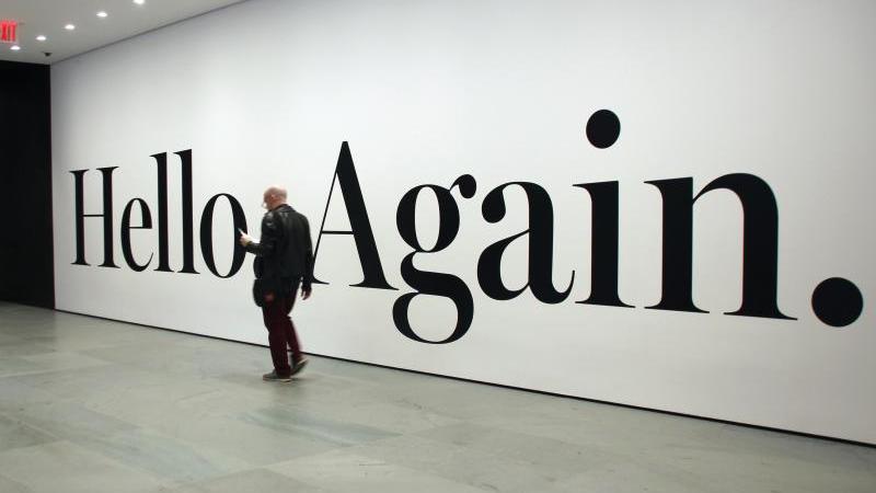 """Hello.Again"" von Haim Steinbach. Foto: Christina Horsten/dpa"