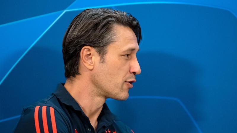 Trainer Niko Kovac kommt zur Pressekonferenz. Foto: Sven Hoppe/dpa