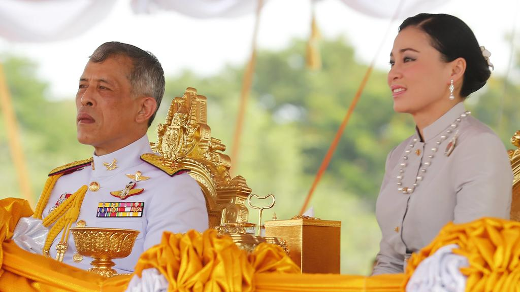 May 9, 2019 - Bangkok, Thailand - Thailand s King Maha Vajiralongkorn Bodindradebayavarangkun Rama X and Queen Suthida watches the annual Royal Ploughing Ceremony in Sanam Luang. The annual royal ploughing ceremony is an ancient rite which officiall