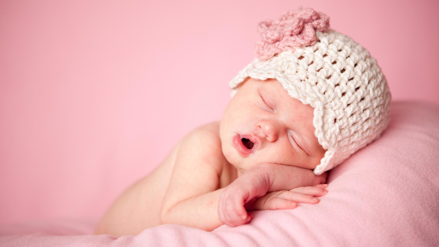 Eine US-Studie hat herausgefunden, dass gestresste Frauen eher Mädchen zur Welt bringen.