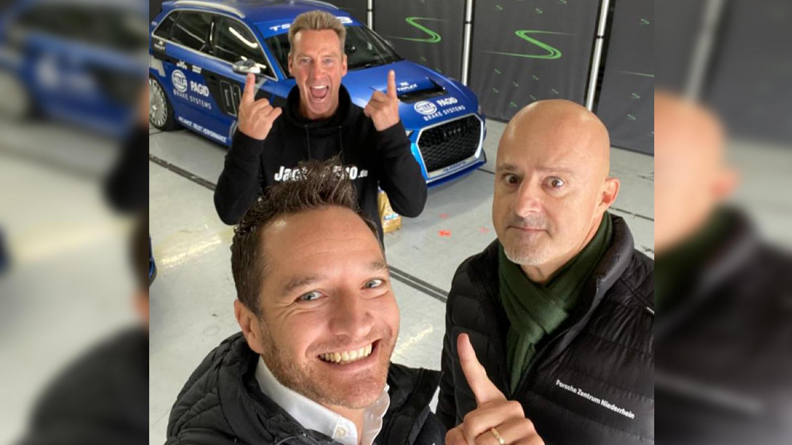 Jürgen Milski (hinten), Timo Schneider (vorne) und Detlef Steves (rechts) auf dem Hockenheimring.