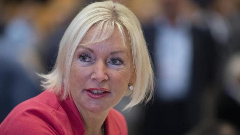 Kristina Sinemus(CDU), hessische Digitalministerin. Foto: Boris Roessler/dpa/Archivbild