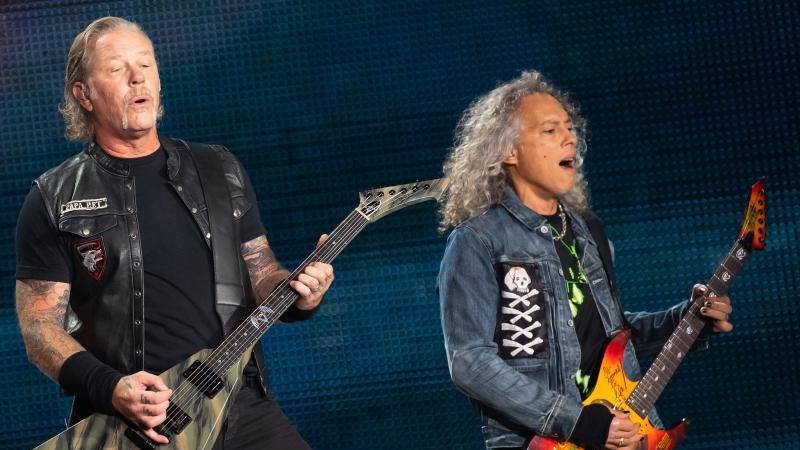Metallica rufen auch ihre Fans auf, die Spendenaktion zu unterstützen. Foto: Sven Hoppe/dpa