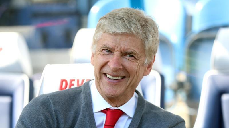 Arsene Wenger lacht. Foto: Mike Egerton/PA Wire/dpa/Archivbild