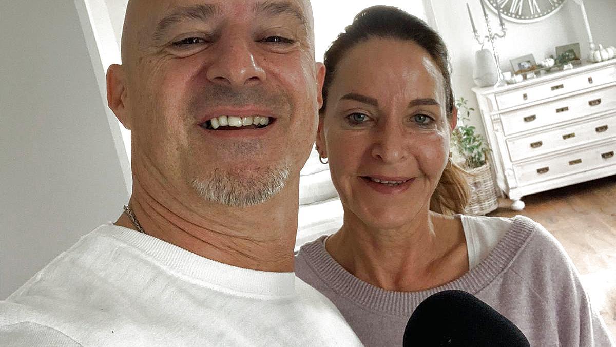 """Detlef Steves und seine Frau Nicole sprechen im Podcast """"Deffis Woche"""" unter anderem über die VOX-Show """"100 Tage wir""""."""