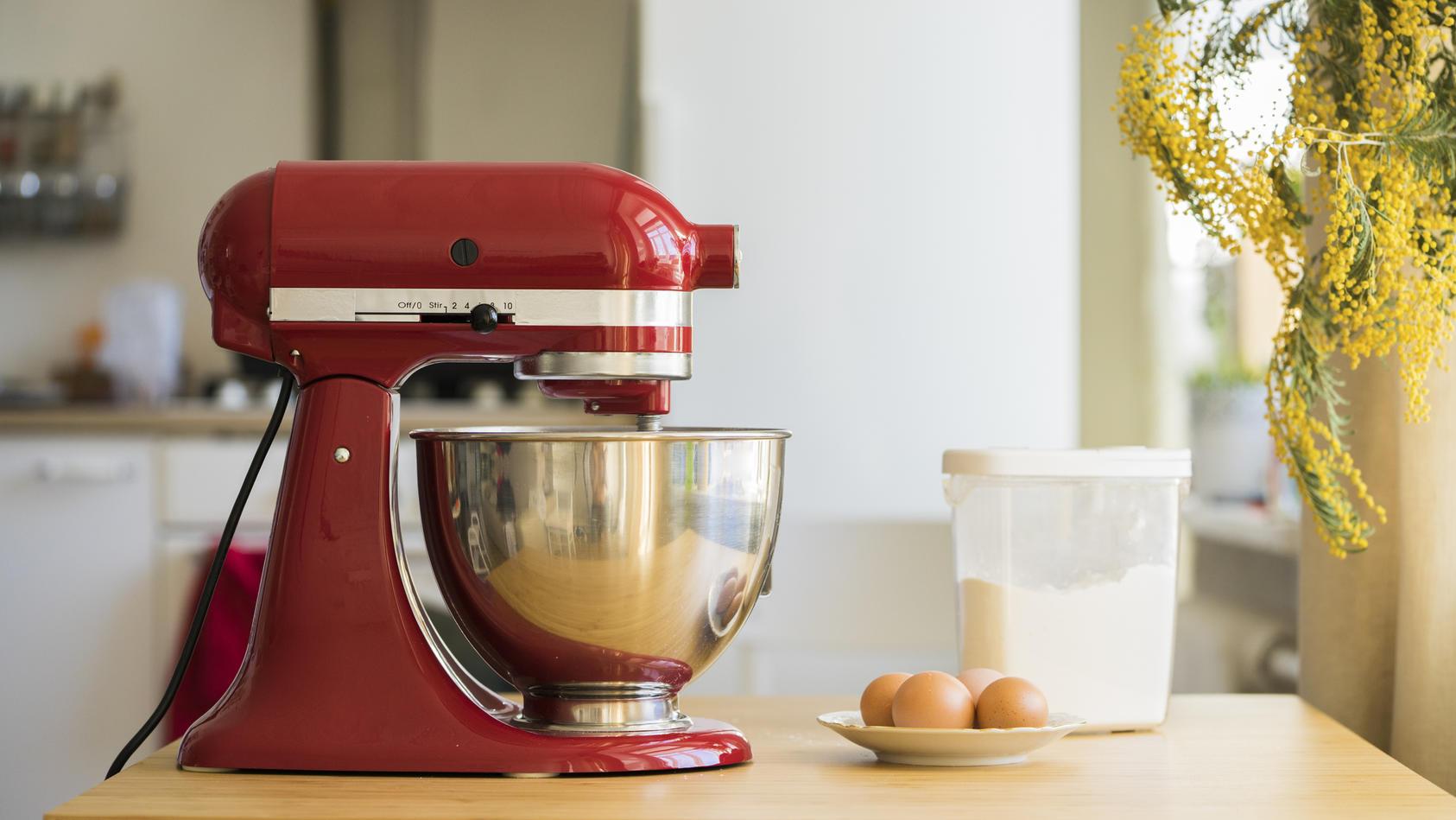 Küchenmaschine KitchenAid Artisan zum Black Friday im  Angebot.