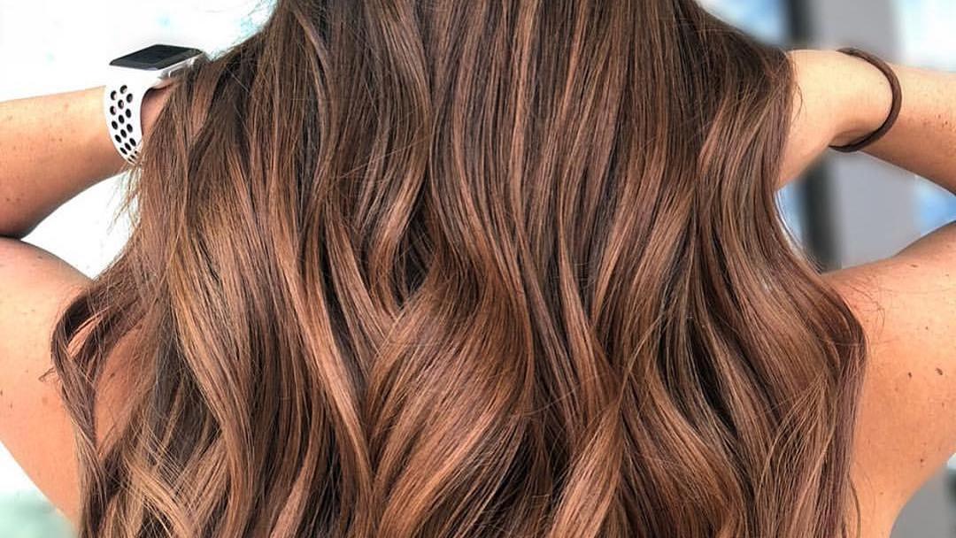 Cinnamon Hair ist der Herbst Haartrend 2019