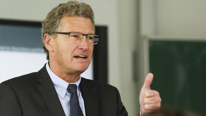 Bernd Buchholz (FDP), Wirtschaftsminister von Schleswig-Holstein. Foto: Frank Molter/dpa/Archivbild