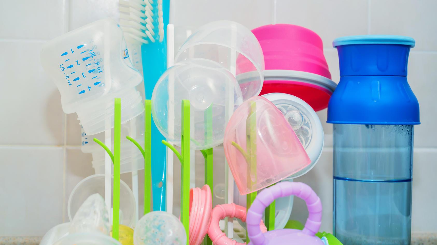 Babyflaschenständer sind perfekt geeignet zum Trocknen von Babyflaschen und Aufsätzen.