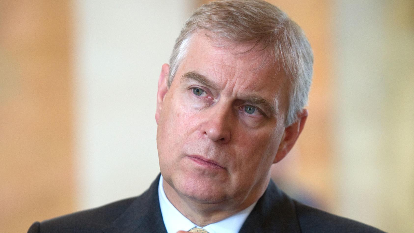 Was sagt Prinz Andrew zu seiner Verbindung zum verurteilten Sexualstraftäter Jeffrey Epstein?