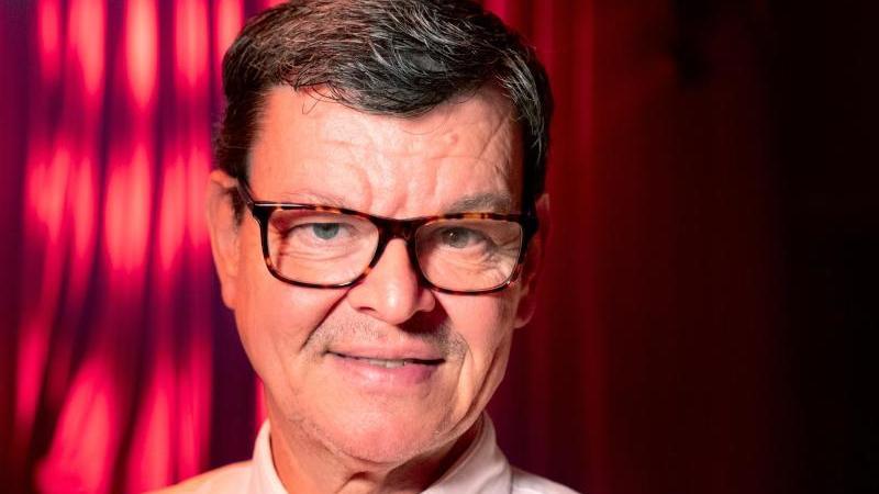 Harald Wohlfahrt bei der Premiere der Dinner-Show Palazzo in Stuttgart. Foto: Bernd Weissbrod/dpa