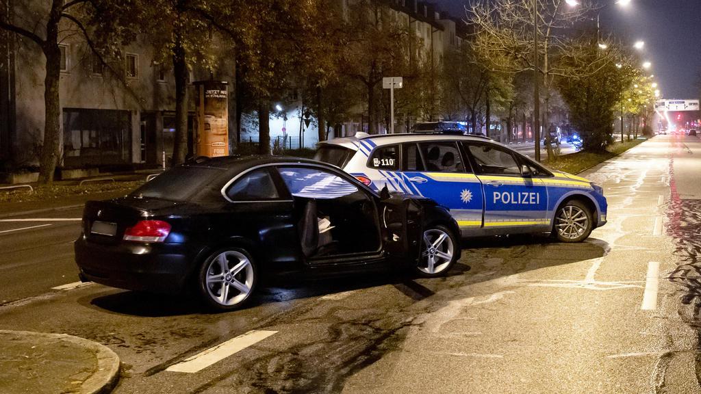 München: Zwei Jugendliche von Auto angefahren
