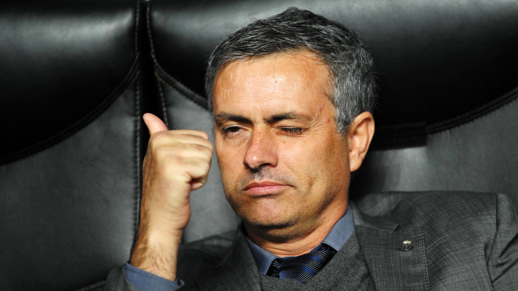 Coach Jose MOURINHO (Real Madrid) --- UEFA Champions League 2010/2011 - AC Milan (red) vs Real Madrid (white) 2:2 --- P