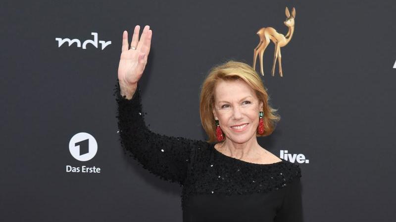 Gaby Dohm, Schauspielerin, kommt zur 71. Bambi-Verleihung in das Festspielhaus. Foto: Patrick Seeger/dpa
