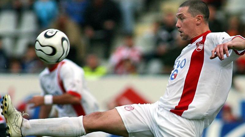 Sean Dundee im Jahr 2006, als Spieler der Kickers Offenbach. Foto: Patrick Seeger/Archiv