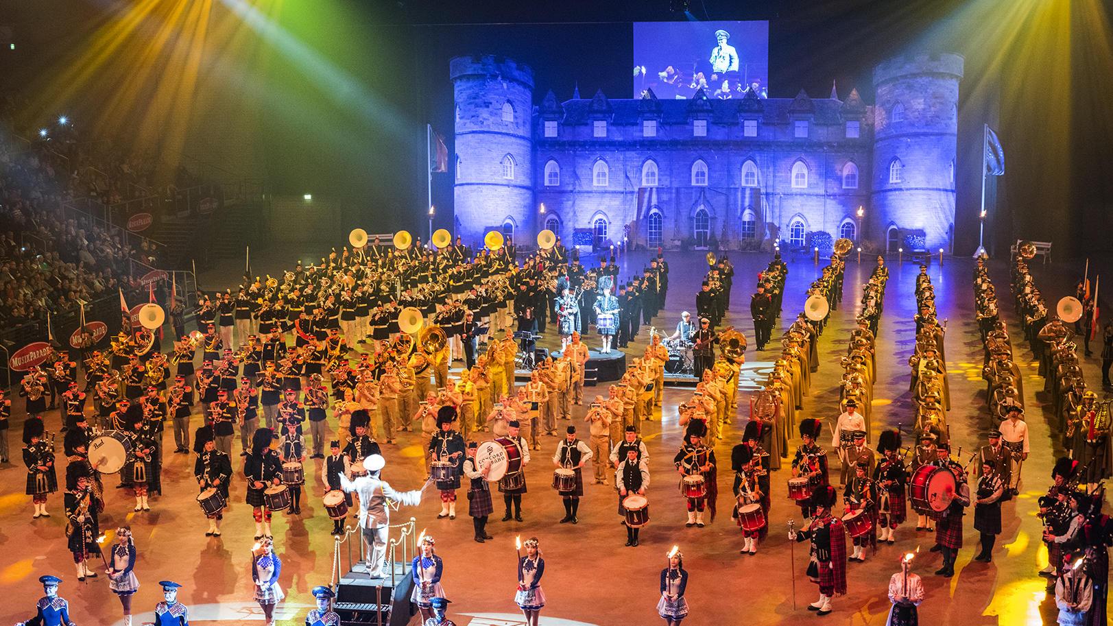 Die Musikparade kommt 2020 mit ihrer neuen Show in 18 deutschen Arenen.
