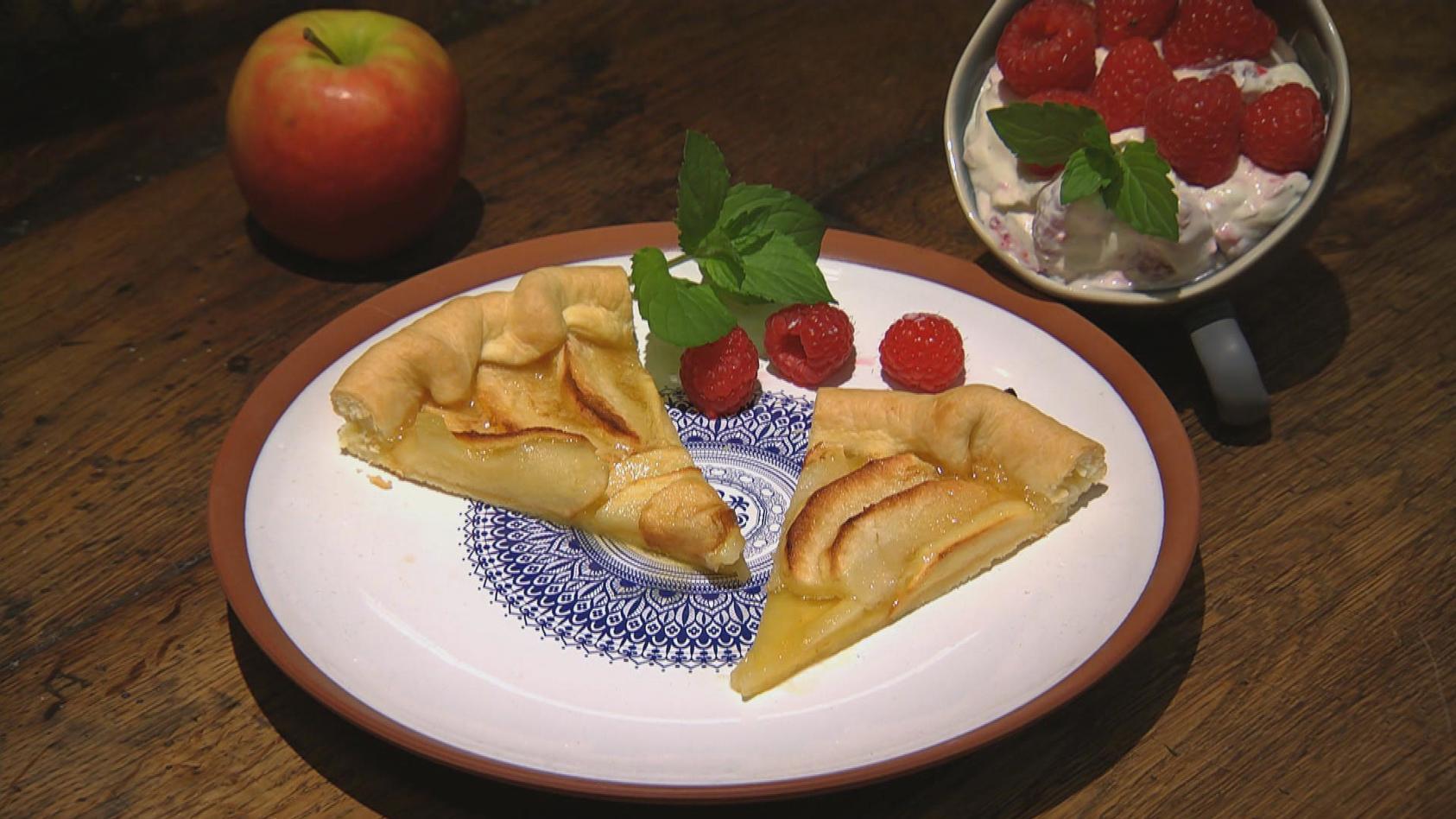 Weltreise – Zu Gast in Europa: Apfel-Tarte mit Himbeercreme