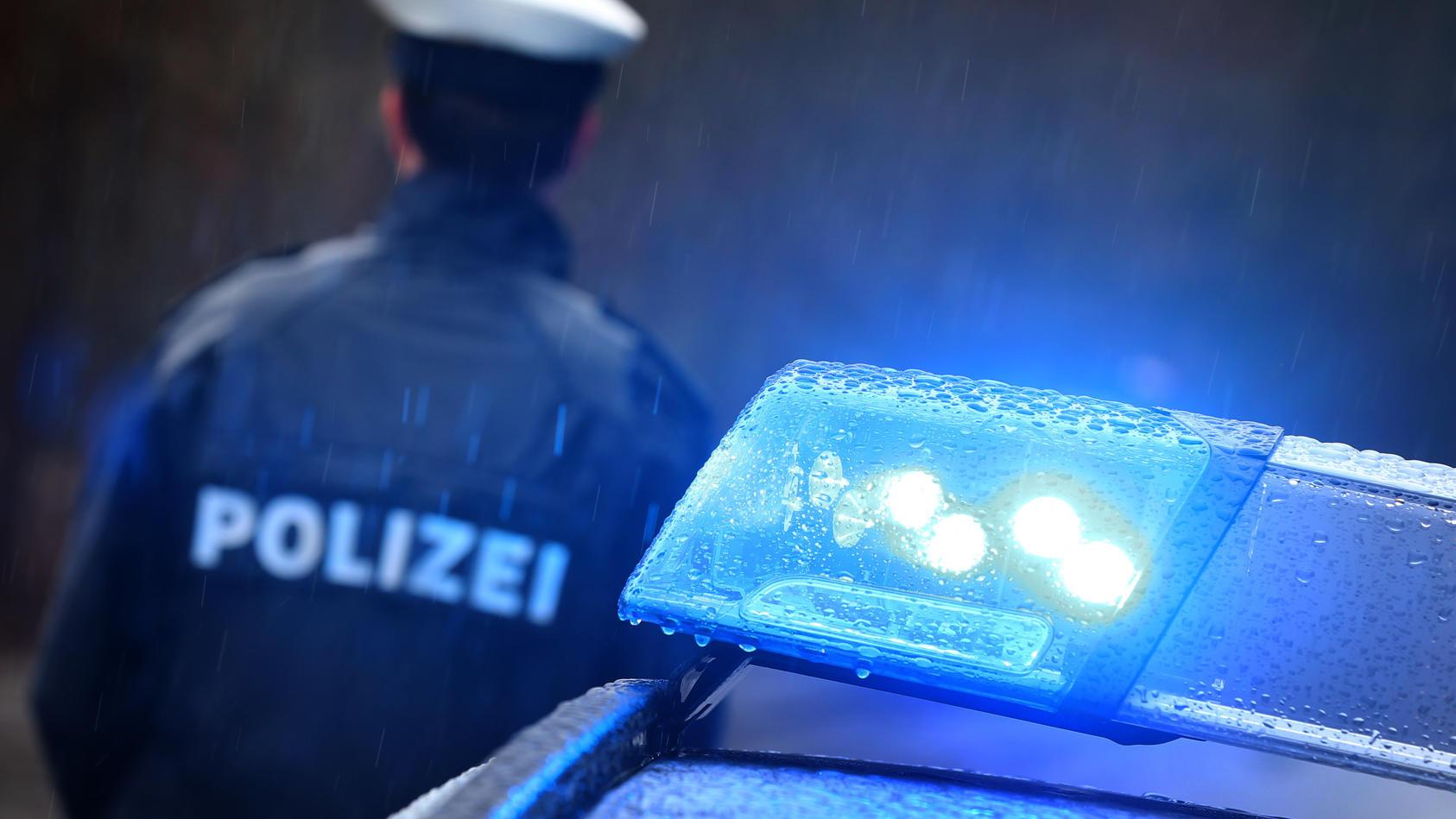 In Preußisch Oldendorf hat ein Mann seine getrennt lebende Frau am Busbahnhof angegriffen und erschossen.  (Foto: Motivbild)