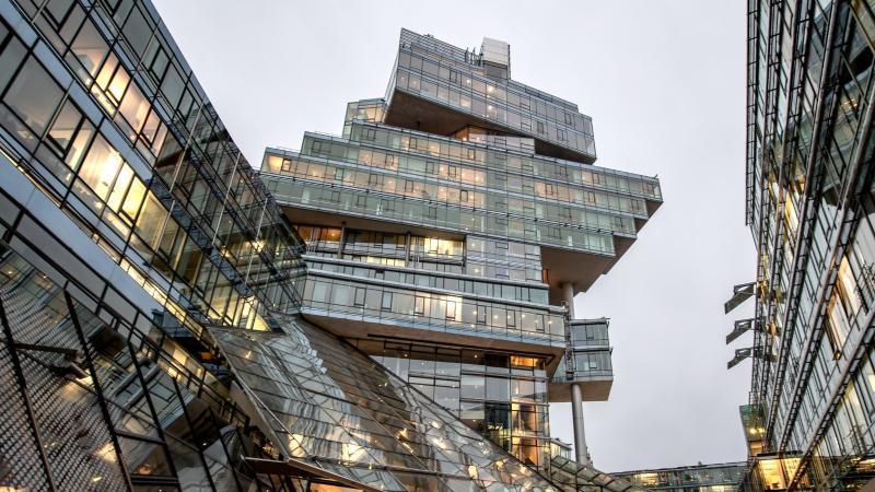 Die Zentrale der Norddeutschen Landesbank in Hannover. Foto: Sina Schuldt/dpa