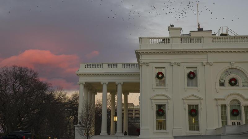 Das Weiße Haus in Washington, offizieller Regierungssitz des Präsidenten der USA. Foto: Alex Brandon/AP/dpa
