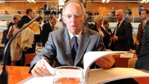 Finanzminister Wolfgang Schäuble bei seinem Auftritt im Bundesverfassungsgericht in Karlsruhe.