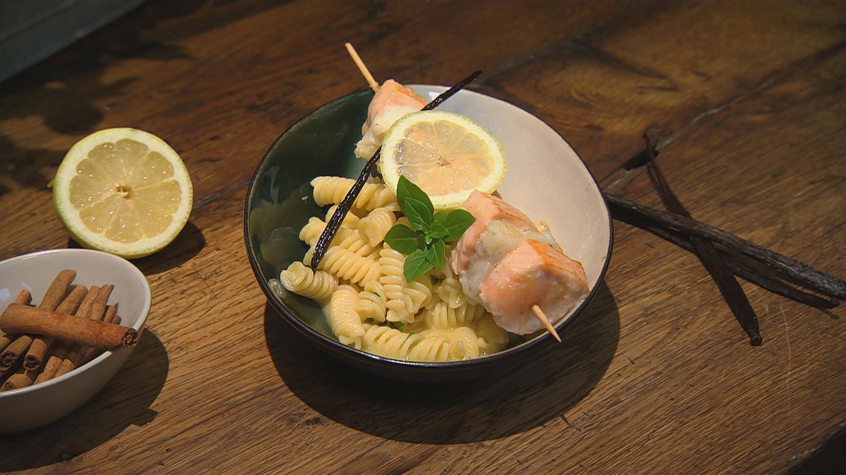 Süße Würze – Herzhafte Gerichte mit Vanille, Schoko und Zimt!: Fisch-Duett mit Vanillebutter