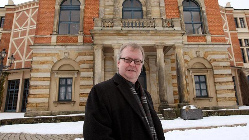 Peter Emmerich, Sprecher der Bayreuther Festspiele, ist im Alter von 61 Jahren gestorben. Foto: Marcus Führer/dpa