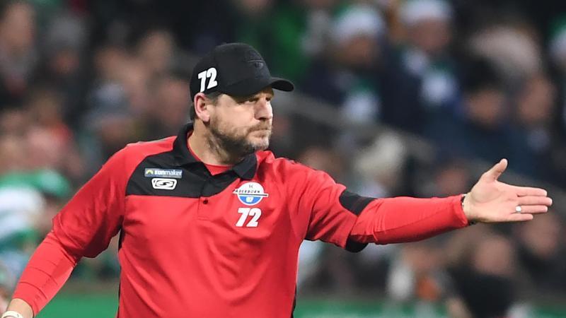 Paderborns Trainer Steffen Baumgart freut sich auf das Wiedersehen mit seinem früheren Club Union Berlin. Foto: Carmen Jaspersen/Archivbild