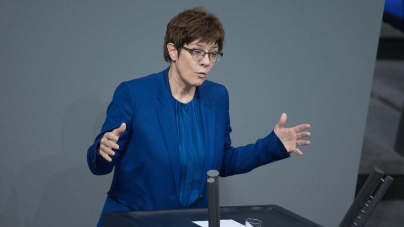Bundesverteidigungsministerin und CDU-Chefin, Annegret Kramp-Karrenbauer (CDU). Foto: Jörg Carstensen/Archiv