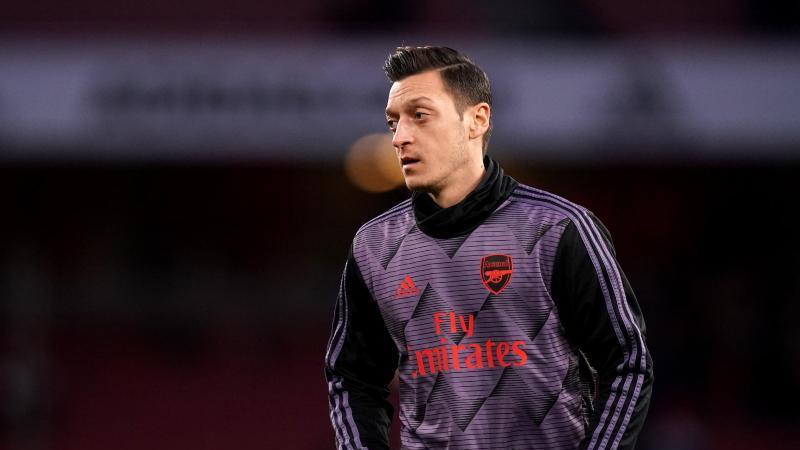 Sorgt wieder abseits des Fußballplatzes für Gesprächsstoff: Arsenal-Profi Mesut Özil. Foto: John Walton/PA Wire/dpa