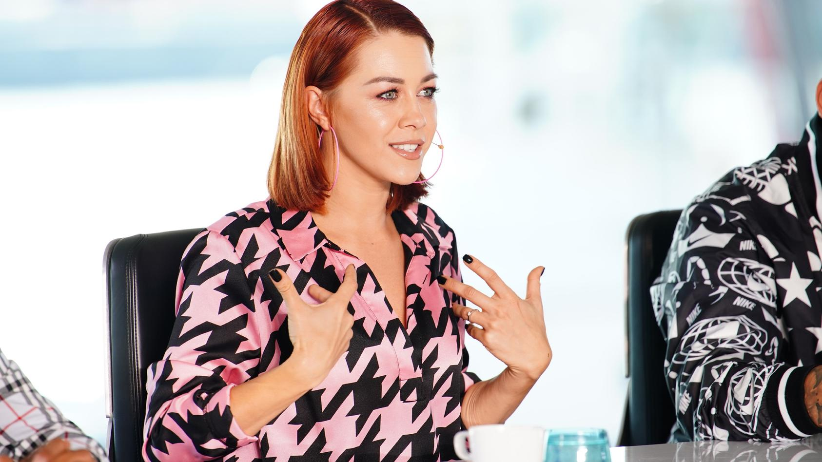 Oana Nechiti achtet als DSDS-Jurorin vor allem auf Ausstrahlung und Performance der Kandidaten.