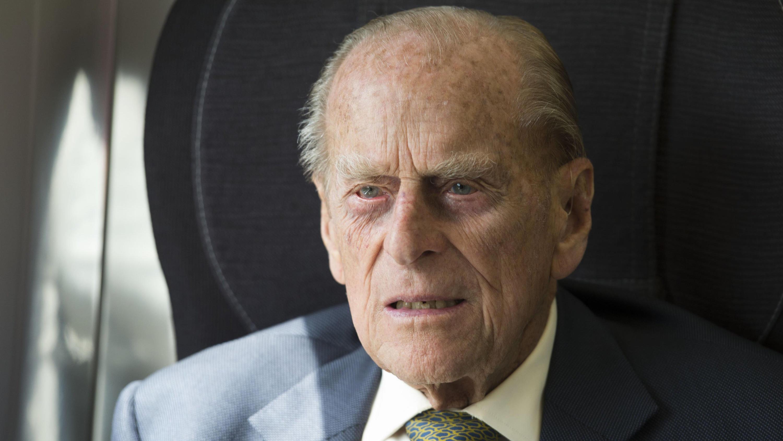 Prinz Philip 98 Gibt Endlich Wieder Ein Lebenszeichen Von Sich
