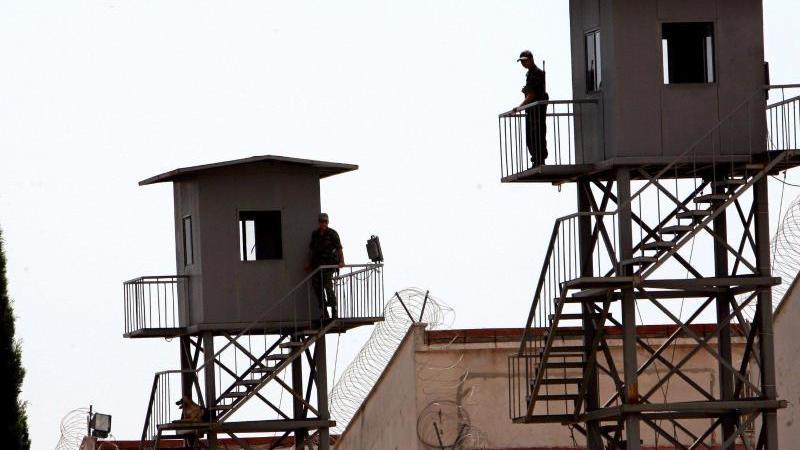 Gefängnis in Antalya: Nach dem Putschversuch vom 15. Juli 2016 waren die Haftanstalten zeitweise überfüllt. Foto: epa Tolga Bozoglu/Archiv