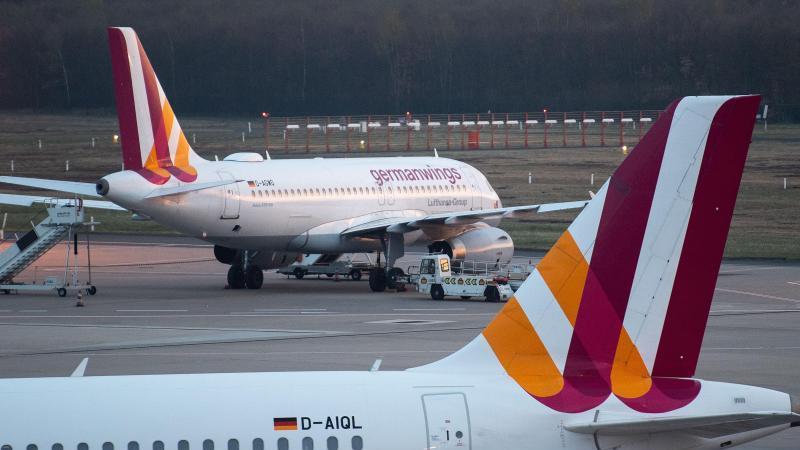 Ufo ruft die Germanwings-Flugbegleiter für Montag zum Streik auf. Foto: Marius Becker/dpa