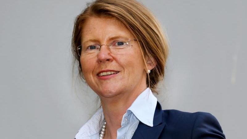 Katy Hoffmeister (CDU), Justizministerin von Mecklenburg-Vorpommern. Foto: Bernd Wüstneck/Archivbild