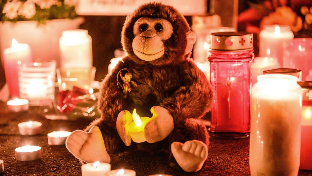 Anteilnahme nach dem Brand im Krefelder Zoo