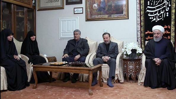Iranischer Präsident Hassan Ruhani bei Soleimanis Familie