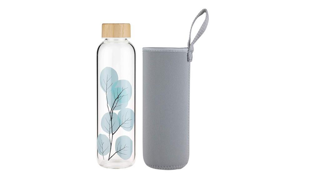 Wasserflasche für Entgiftungskur