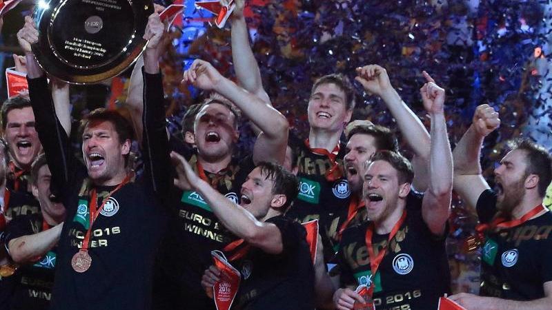 Deutschland wurd 2016 nach 2004 zum zweiten Mal Handball-Europameister. Foto: Jens Wolf/dpa