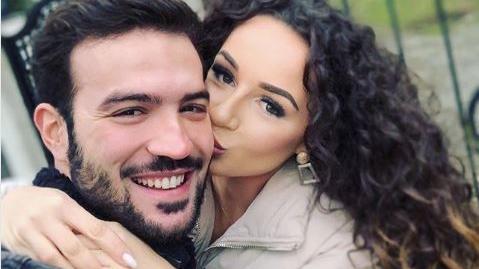 """Yasin und Samira wagen den nächsten Schritt: Das """"Love Island""""-Paar ist verlobt (Quelle: instagram.com/samira.bne)."""