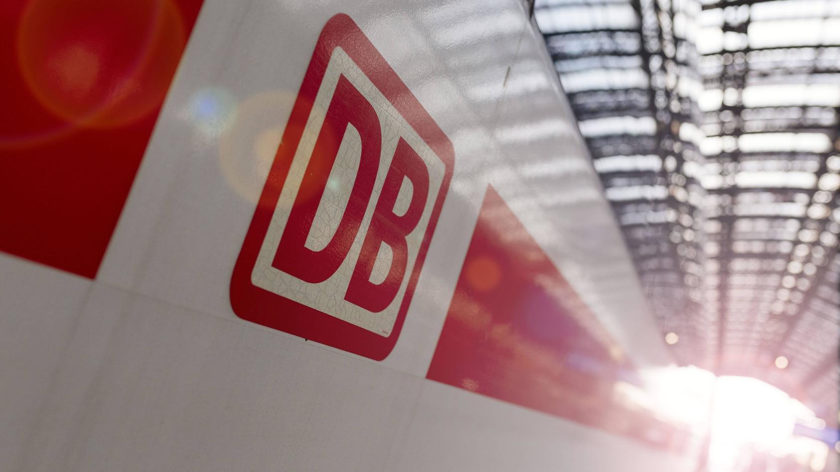 Der Bund investiert in den kommenden zehn Jahren 62 Milliarden Euro für Erhalt und Modernisierung des Schienennetzes, die Deutsche Bahn weitere 24 Milliarden Euro.