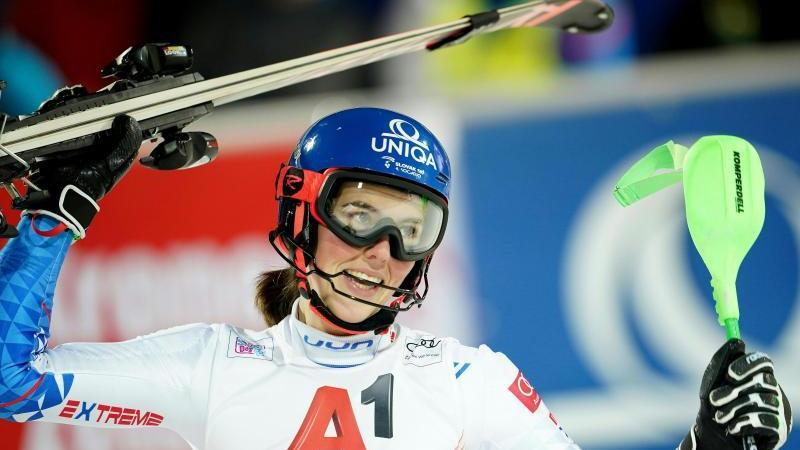 Die Slowakin Petra Vlhova hat den Slalom in Flachau gewonnen. Foto: Georg Hochmuth/APA/dpa